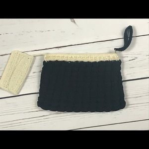 1940's black and cream crochet wristlet purse 40s